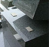 通常の墓石イメージ